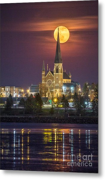 Cathedral Of The Immaculate Conception With Full Moon Metal Print