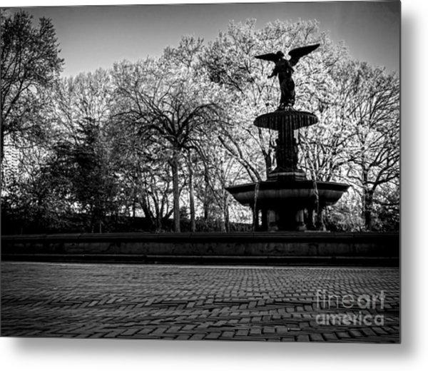 Central Park's Bethesda Fountain - Bw Metal Print