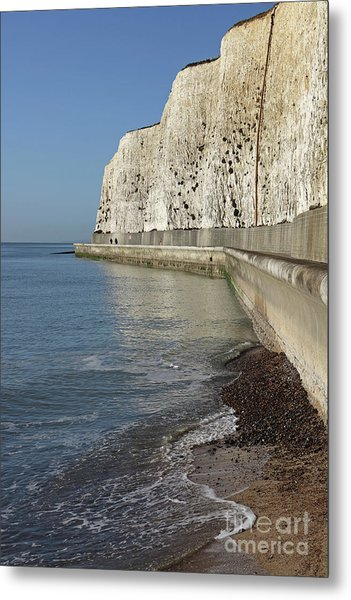 Chalk Cliffs At Peacehaven East Sussex England Uk Metal Print