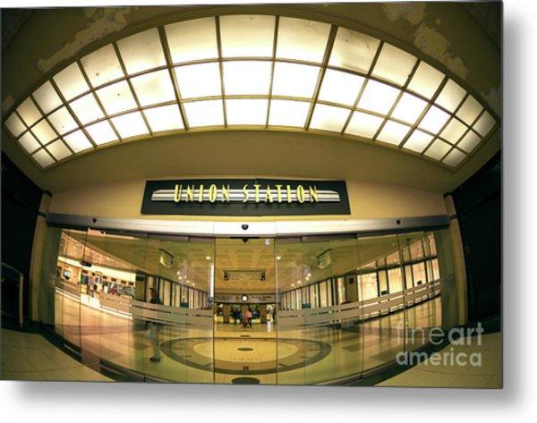 Chicago Union Station Interior Fisheye Metal Print by John Rizzuto