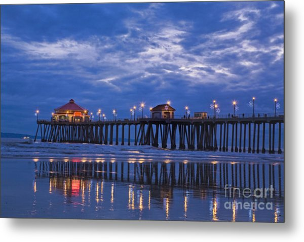 Christmas At The Huntington Beach Pier Metal Print