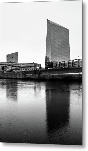 Cira Centre - Philadelphia Urban Photography Metal Print