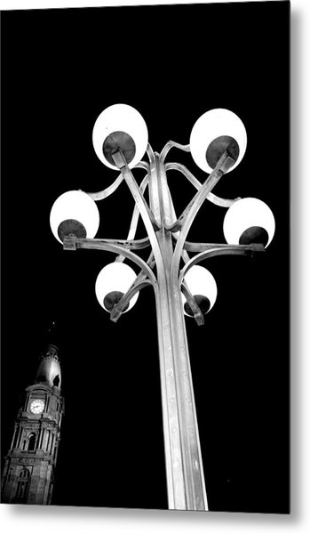 City Hall Lamp Metal Print by Andrew Dinh