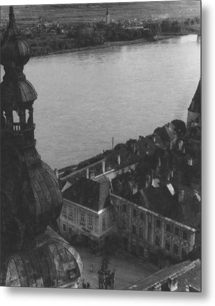 City On The Danube Metal Print