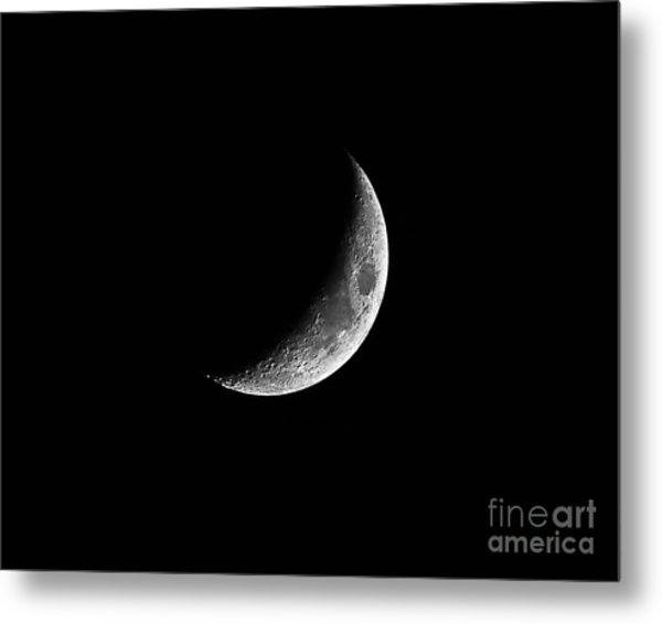 Classic Crescent Cropped Metal Print