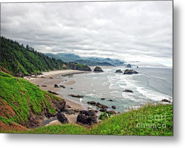 Cloudy Oregon Coast From Ecola Park Metal Print by Lincoln Rogers