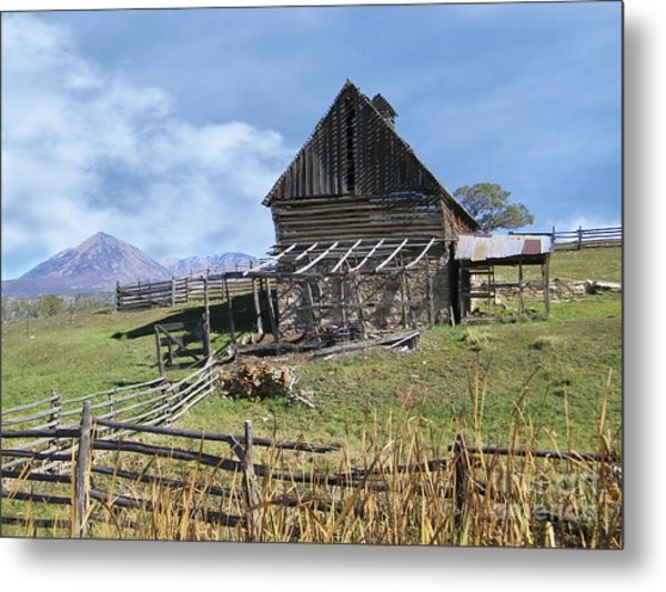 Colorado Rocky Mountain Vintage Barn   Metal Print
