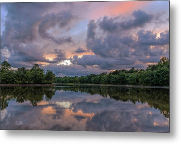 Metal Print featuring the photograph Colorful Sunset At The Lake by Lori Coleman