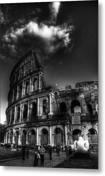 Coloseo 2 Metal Print by Brian Thomson