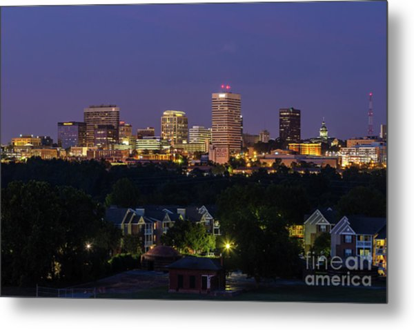 Columbia Skyline At Twilight Metal Print