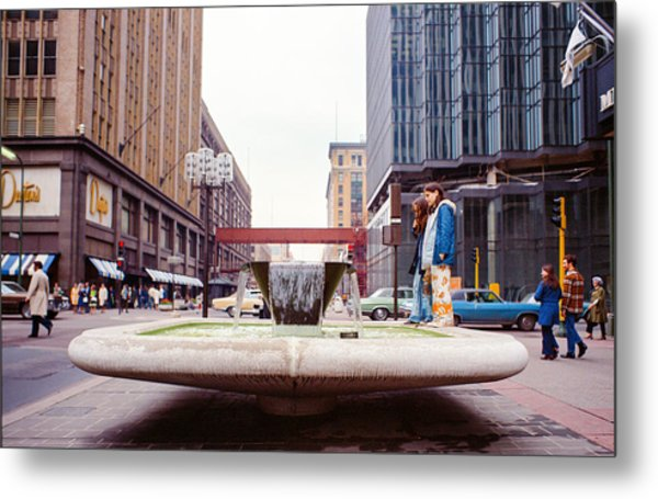 Contemplating The Fountain At 8th And Nicollet. Metal Print