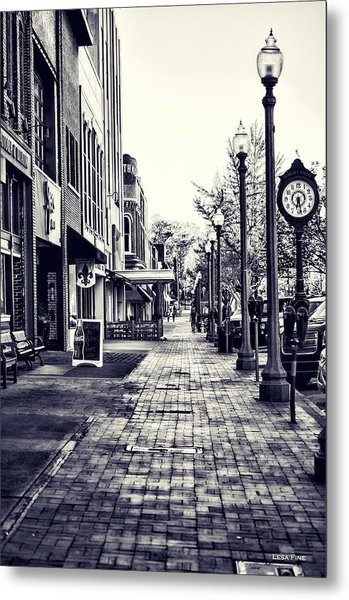 Court Street Clock Florence Alabama Metal Print
