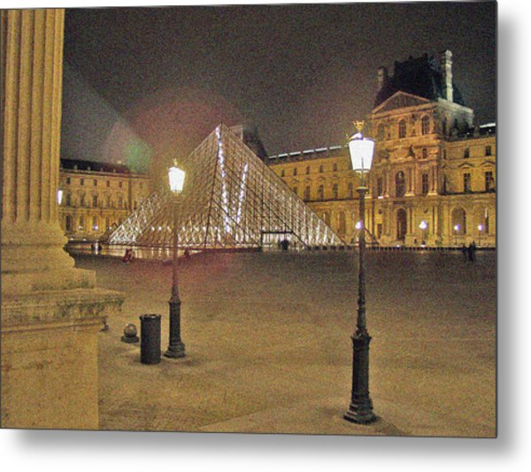 Courtyard At The Louvre Metal Print