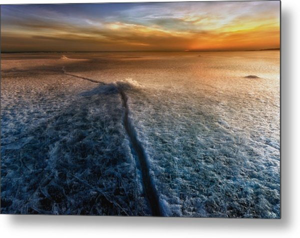 Crack In The World Metal Print