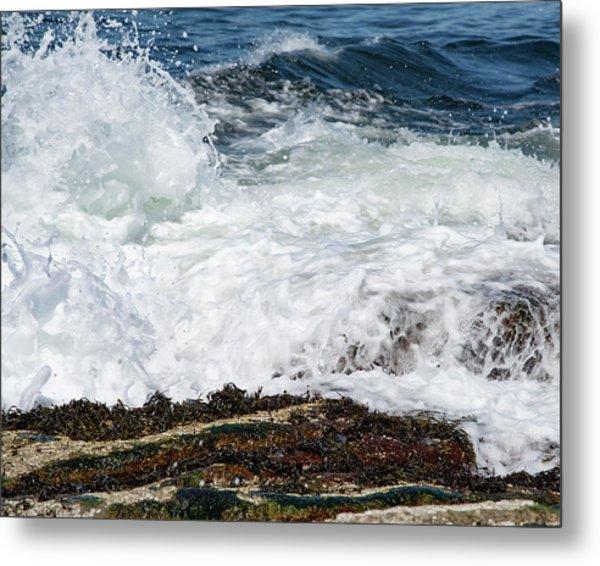 Crashing Surf Metal Print