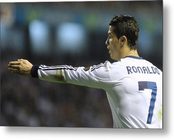 Cristiano Ronaldo 32 Metal Print