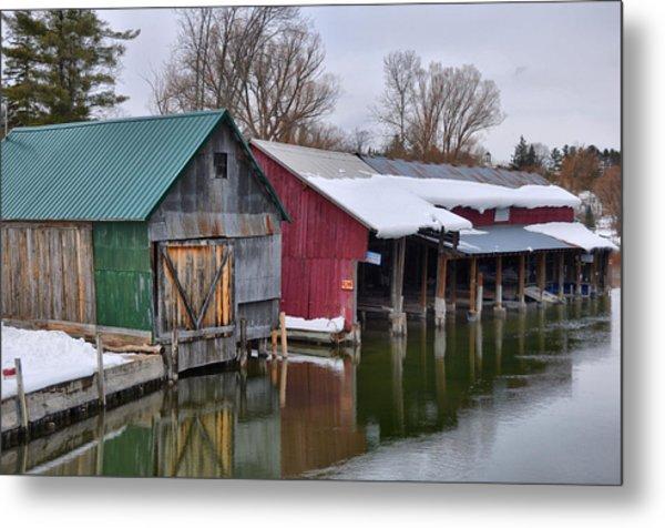 Crooked River Boat House Metal Print