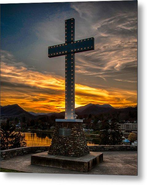 Cross At Lake Junaluska Metal Print