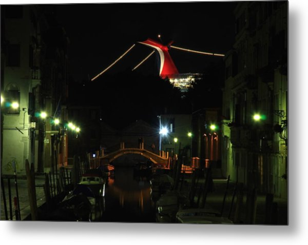 Cruise Ship In Venice Metal Print by Michael Henderson