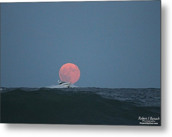 Cruising On A Wave During Harvest Moon Metal Print