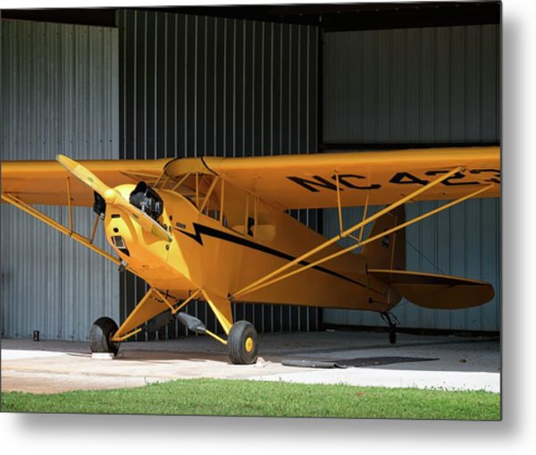 Cub Hangar 0 2017 Christopher Buff, Www.aviationbuff.com Metal Print