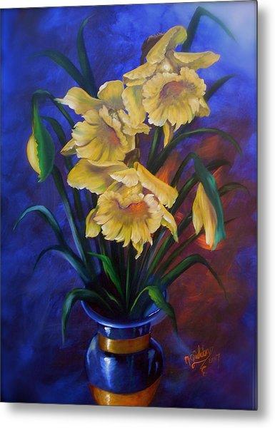 Daffodils In Cobalt Vase Metal Print by Micheal Giddens