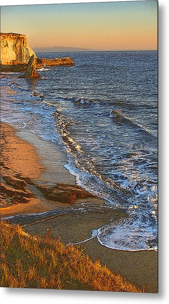 Davenport Sunset J Metal Print by Larry Darnell