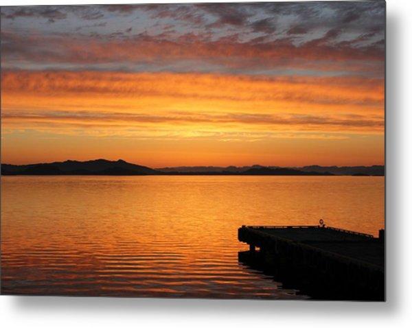 Dawn In The Sky At Dusavik Metal Print