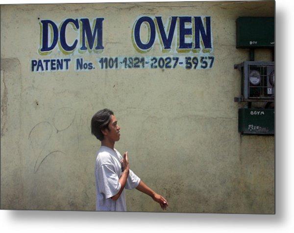 Dcm Oven 2 Metal Print by Jez C Self