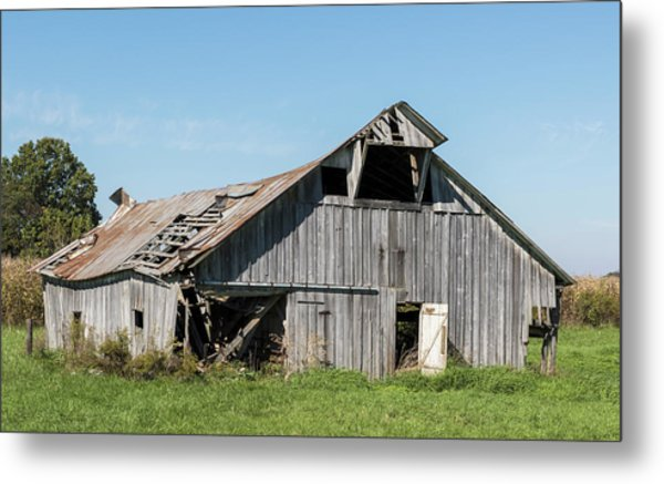 Decaying Barn Metal Print