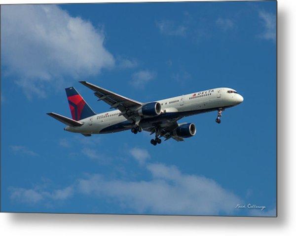 Delta Air Lines 757 Airplane N668dn Metal Print