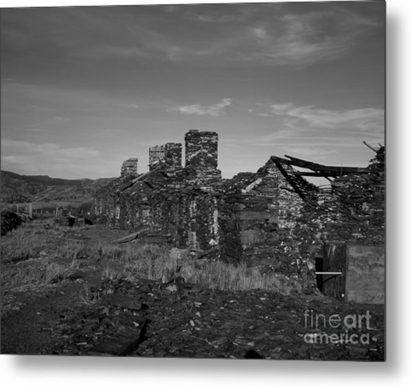 Derelict Quarry Buildings At The Foot Of Moel Siabod Snowdonia North Wales Metal Print