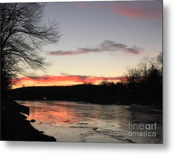 Don't  T 'red' On Thin Ice Metal Print