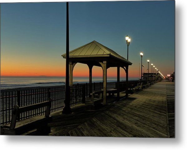 Down The Shore At Dawn Metal Print