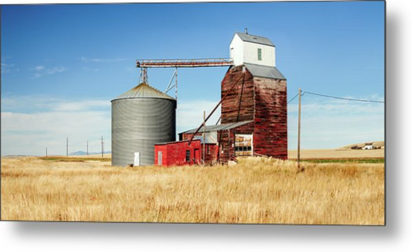 Downtown Benchland Metal Print