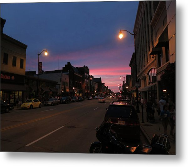 Metal Print featuring the photograph Downtown Racine At Dusk by Mark Czerniec
