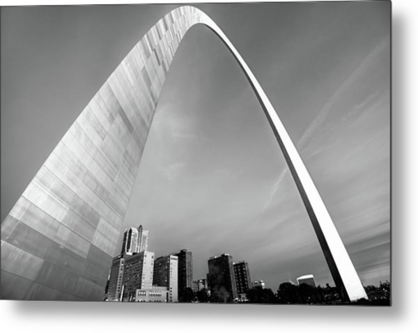 Downtown Saint Louis Skyline Under The Arch - Black And White Metal Print