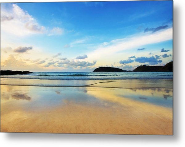 Dramatic Scene Of Sunset On The Beach Metal Print