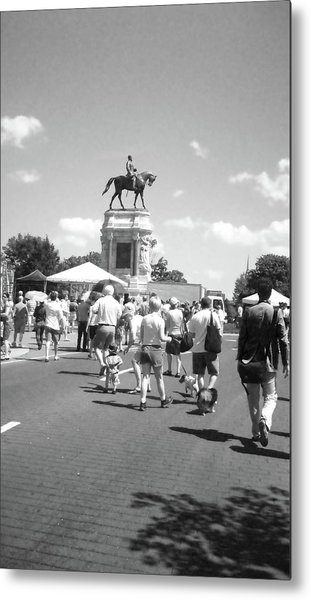 Easter On Monument Ave Metal Print by Karen C
