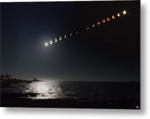 Eclipse Of The Moon Metal Print