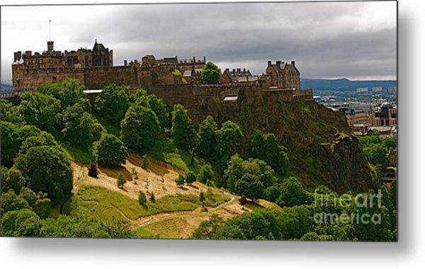 Edinburgh Castle Metal Print by Louise Fahy