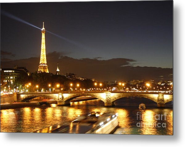 Eiffel Tower By Night Metal Print