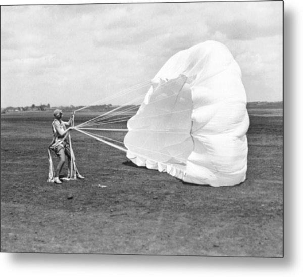 Elinor Smith Parachutes Metal Print