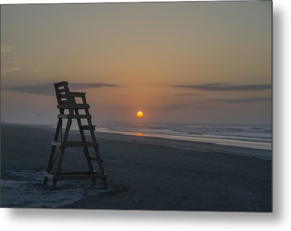 Empty Lifeguard Chair At Sunrise Metal Print