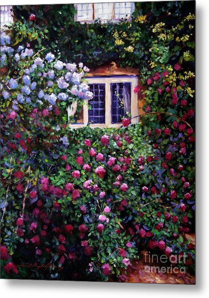 English Manor House Roses Metal Print by David Lloyd Glover