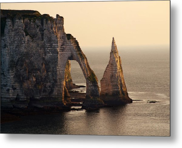 Etretat In Morning Sun Metal Print