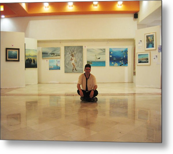 Exhibition Pza. Pelicanos Metal Print
