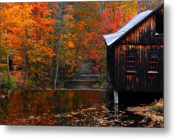 Fall Barn And River N Leverett Ma Metal Print by Richard Danek