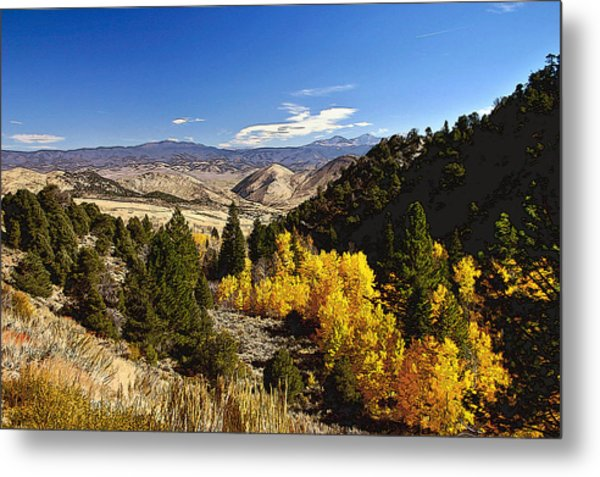 Fall Monitor Pass Metal Print by Larry Darnell