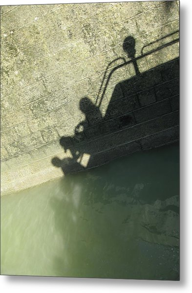 Metal Print featuring the photograph Falling Into The Water by Menega Sabidussi
